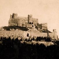 Chateau de Montfaucon castle photo
